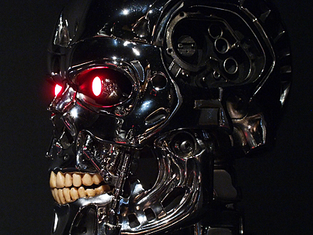 1:1 scale T-800 ENDOSKULL ICONS