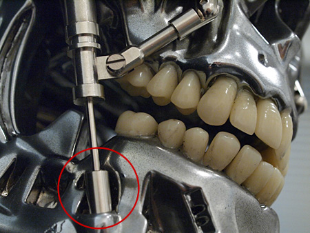 M1号社製キットに付属のパーツも、このような処理がされています。