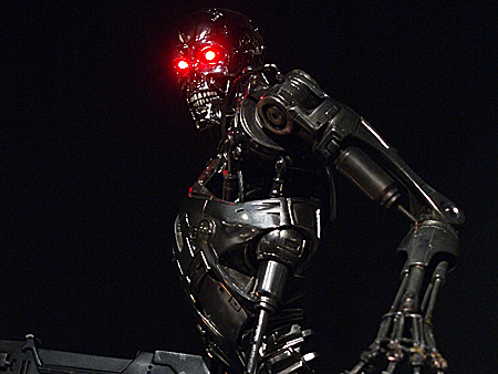 1:3 scale T-800 ENDOSKELETON TOYNAMI