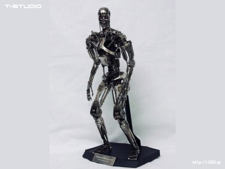HOTTOYS 1/4 The Terminator - T-800 Endoskeleton