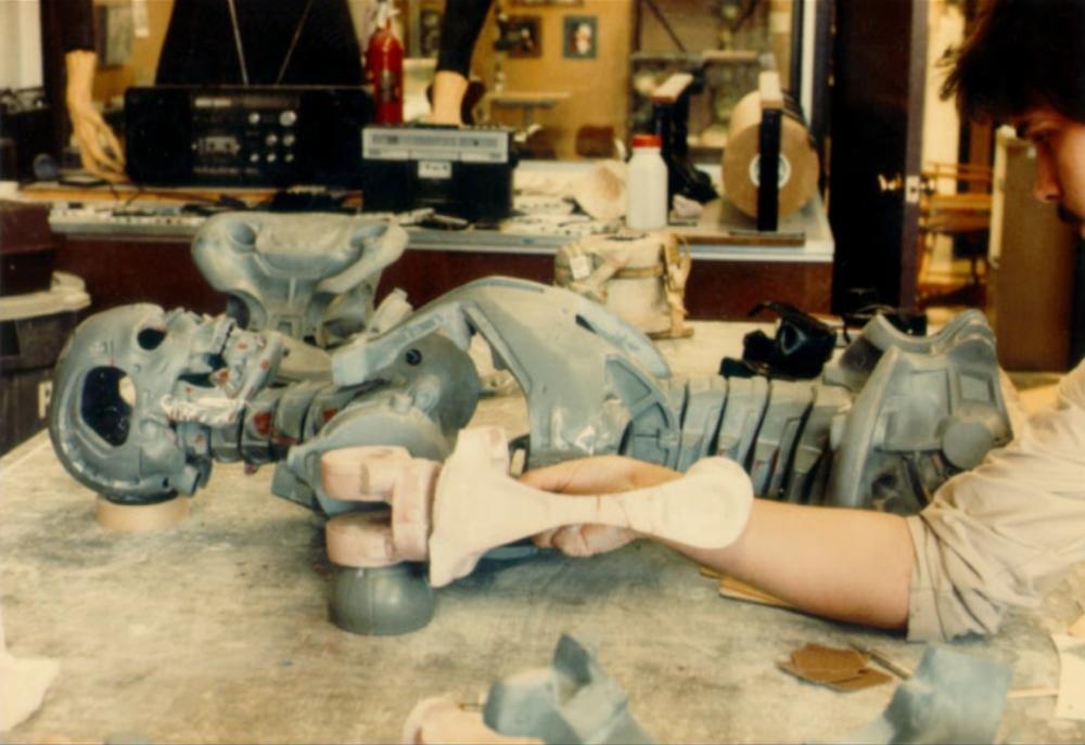 the terminator endoskeleton factory chase #002
